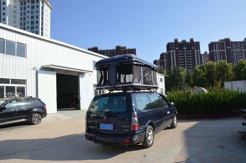 Custom Pop Up Hard shell roof top tent