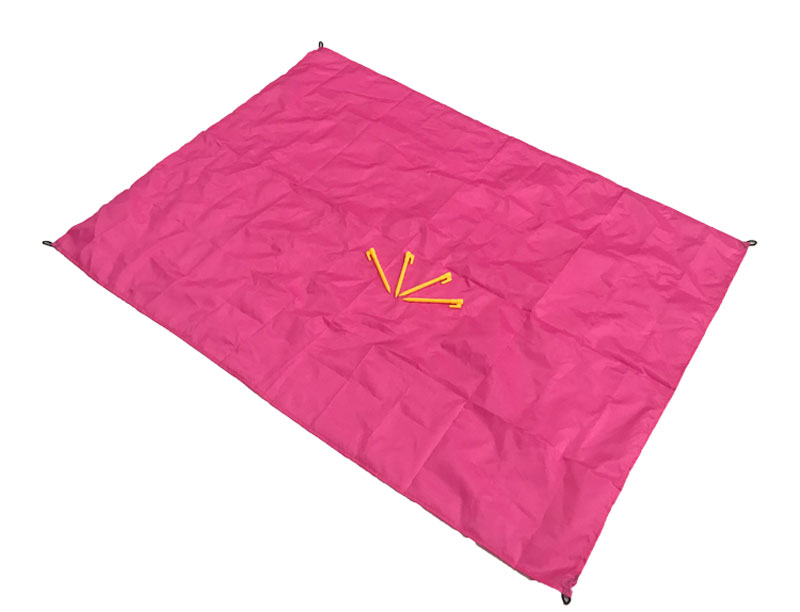 Portable Ultra-thin Foldable Outdoor Waterproof Pocket Picnic Blanket Sandproof Blanket