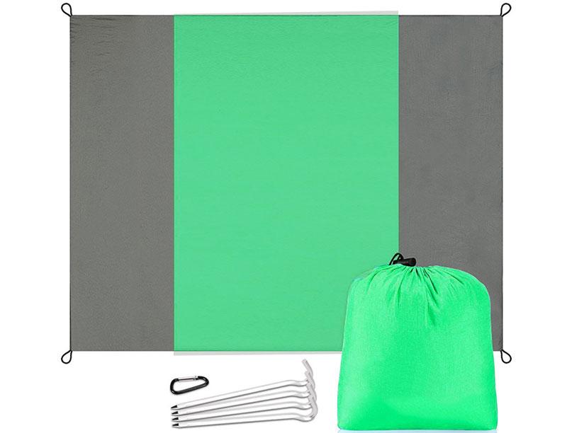 Portable Nylon Fabric Sand Proof Waterproof Beach Blanket Light Weight Durable Blanket